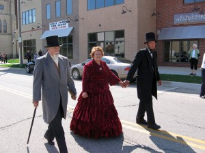 Lincolns and Tallman Marching in Parade